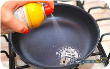 Как сделать яичницу?