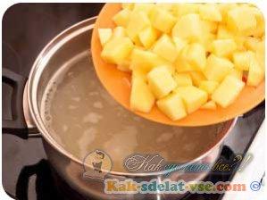 Как сделать сырный суп?