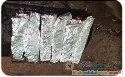 Как приготовить форель в фольге?