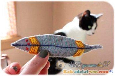 Игрушки для кошек своими руками.