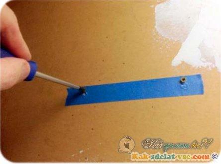 Как закрепить роутер на стену?