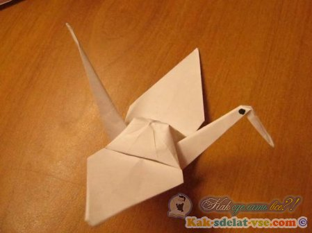 Как сделать журавлика из бумаги?