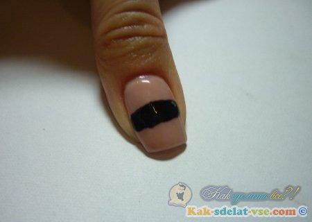 Как нарисовать мумию на ногтях за 5 минут?