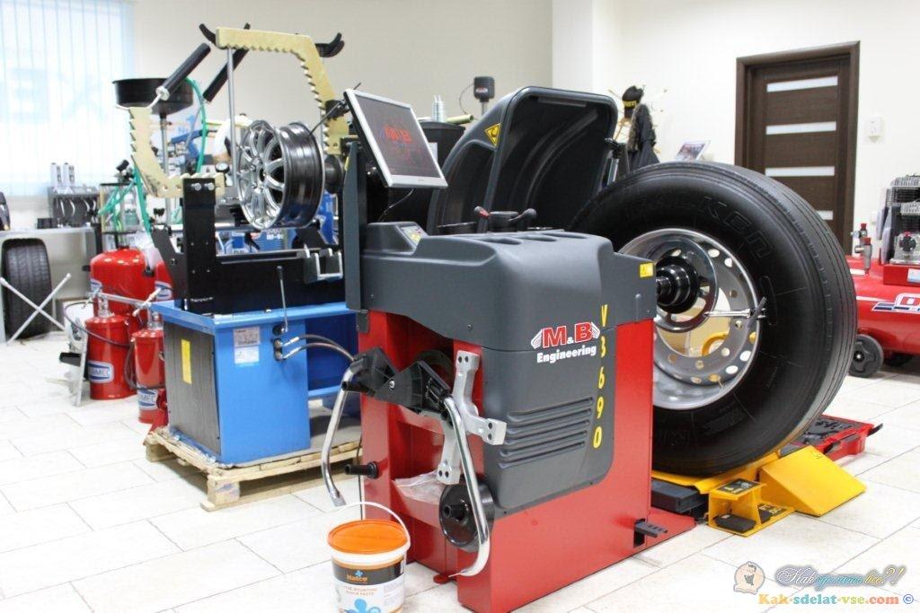 Какое оборудование потребуется для шиномонтажа
